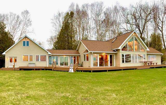 1696 Helmholz Road, Sturgeon Bay, WI 54235 (#50221346) :: Dallaire Realty