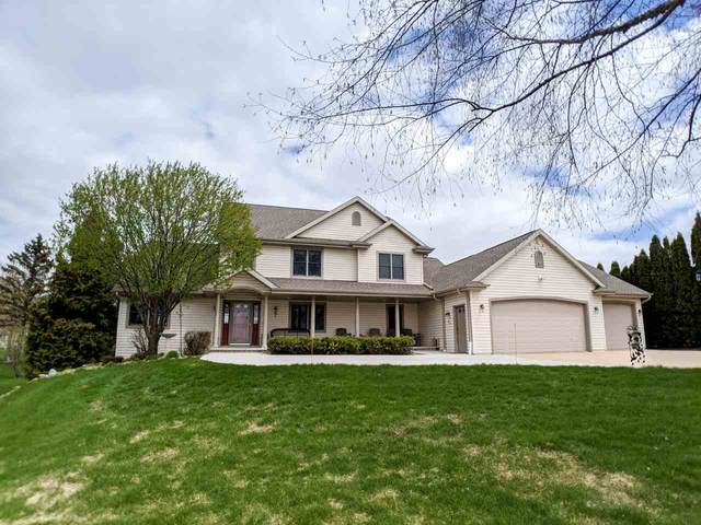 N1002 Spring Valley Drive, Hortonville, WI 54944 (#50221634) :: Todd Wiese Homeselling System, Inc.