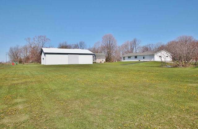 8641 Rileys Bay Road, Brussels, WI 54204 (#50222113) :: Todd Wiese Homeselling System, Inc.