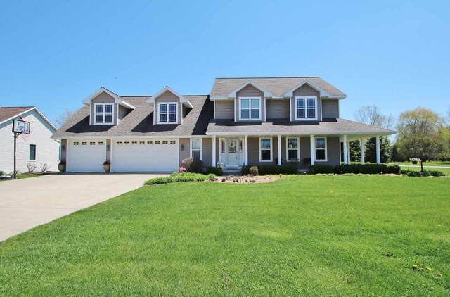 895 Winding Waters Way, De Pere, WI 54115 (#50222117) :: Todd Wiese Homeselling System, Inc.