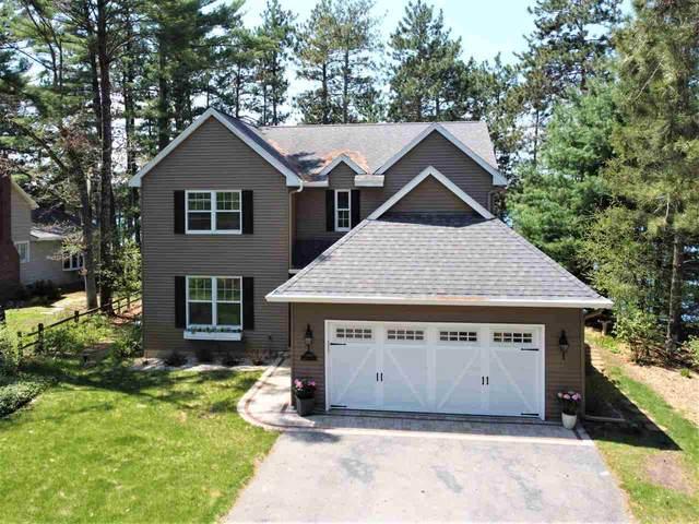 N2793 Locksley Lane, Waupaca, WI 54981 (#50222134) :: Todd Wiese Homeselling System, Inc.