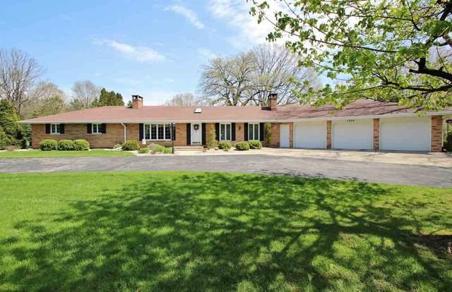 1350 Circle Drive, Green Bay, WI 54313 (#50222288) :: Symes Realty, LLC