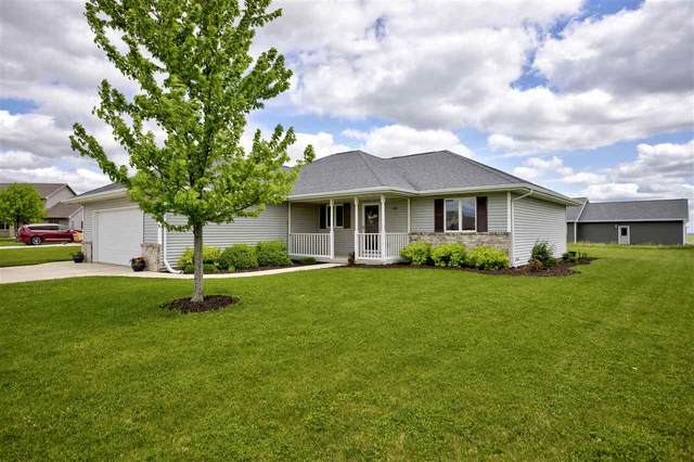1108 Dotty Lane, Chilton, WI 53014 (#50222596) :: Todd Wiese Homeselling System, Inc.