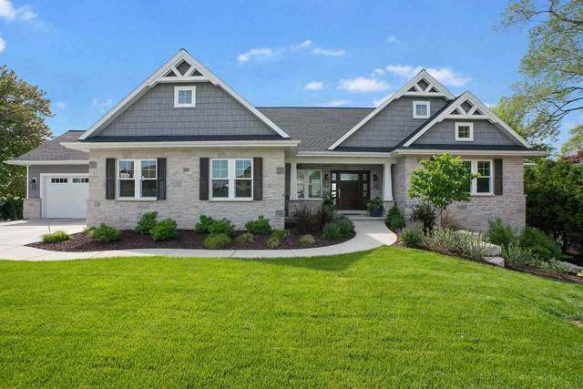 3003 Nicolet Drive, Green Bay, WI 54311 (#50222708) :: Todd Wiese Homeselling System, Inc.