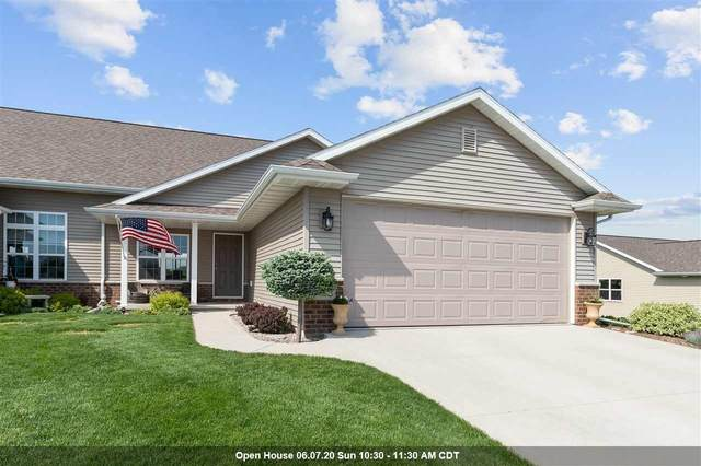 520 Coonen Drive, Combined Locks, WI 54113 (#50222964) :: Dallaire Realty