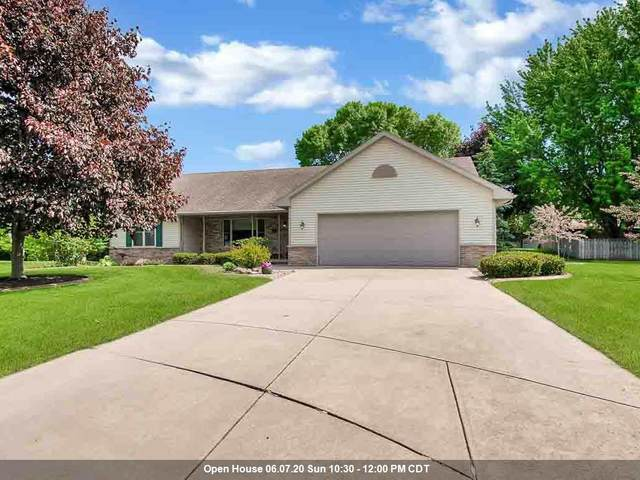 2735 E Carrera Court, Green Bay, WI 54311 (#50223037) :: Dallaire Realty