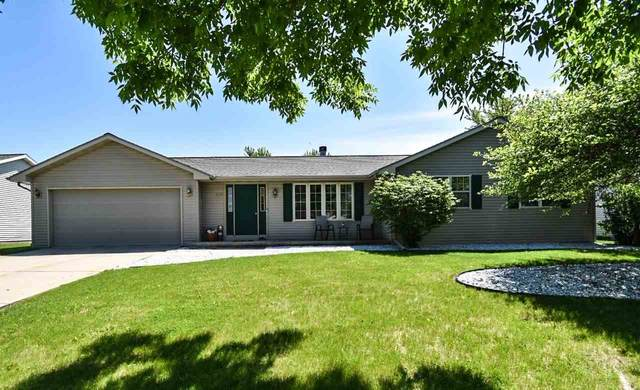 555 Ontario Road, Green Bay, WI 54311 (#50223076) :: Todd Wiese Homeselling System, Inc.