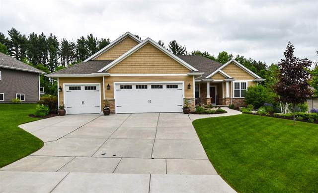 3737 Copper Oak Circle, Green Bay, WI 54313 (#50223146) :: Todd Wiese Homeselling System, Inc.