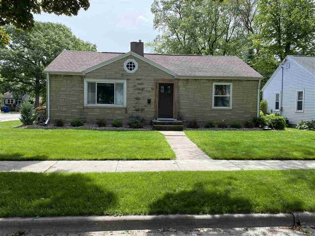 909 Marquette Avenue, Green Bay, WI 54304 (#50223306) :: Todd Wiese Homeselling System, Inc.