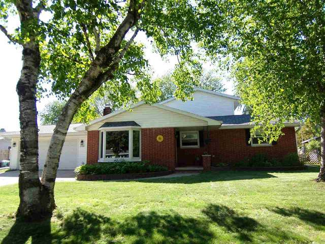 2186 Marlee Lane, Green Bay, WI 54304 (#50223511) :: Todd Wiese Homeselling System, Inc.