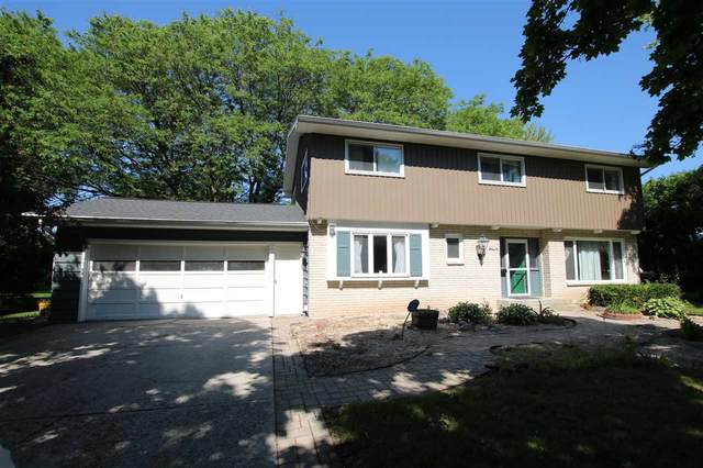 120 N National Avenue, Fond Du Lac, WI 54935 (#50223597) :: Todd Wiese Homeselling System, Inc.