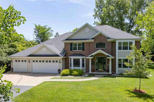 1810 Scarlet Oak Trail, Oshkosh, WI 54904 (#50223743) :: Todd Wiese Homeselling System, Inc.