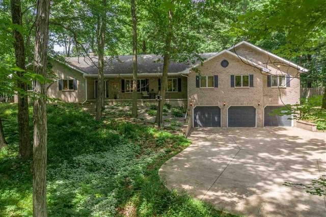 4657 Wedgestone Court, Oneida, WI 54155 (#50223889) :: Todd Wiese Homeselling System, Inc.