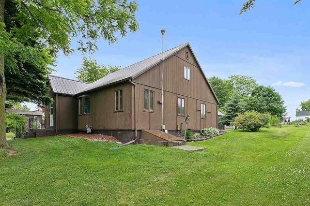 524 Graves Street, Chilton, WI 53014 (#50223997) :: Todd Wiese Homeselling System, Inc.