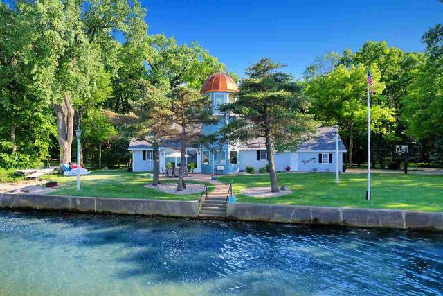 4808 Point Comfort Road, Green Bay, WI 54311 (#50224299) :: Todd Wiese Homeselling System, Inc.