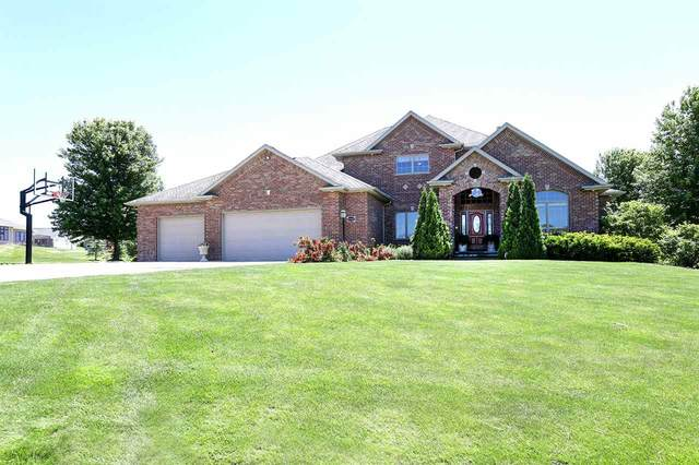 W4207 Champagne Court, Appleton, WI 54913 (#50224787) :: Todd Wiese Homeselling System, Inc.
