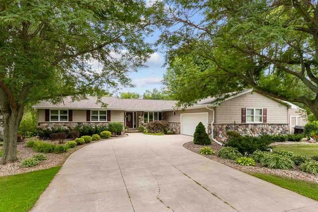 W1663 Verhagen Drive, Kaukauna, WI 54130 (#50225171) :: Carolyn Stark Real Estate Team