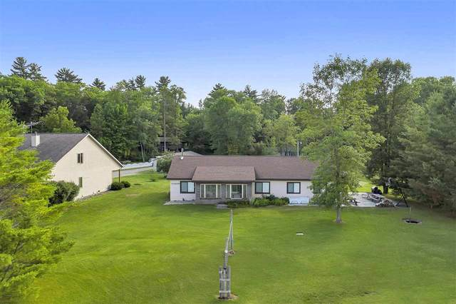 6836 W Lakeview Road, Crivitz, WI 54141 (#50225178) :: Symes Realty, LLC