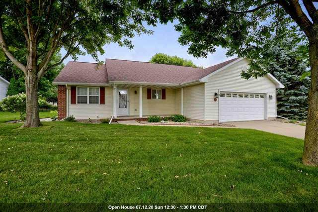 1419 W Woodstone Drive, Appleton, WI 54914 (#50225226) :: Dallaire Realty