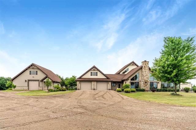 8401 Oak Hill Road, Omro, WI 54963 (#50225672) :: Todd Wiese Homeselling System, Inc.