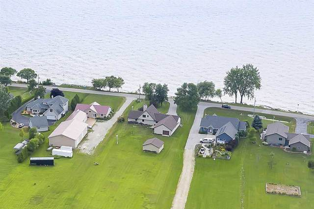 1062 S Bay Shore Road, Brussels, WI 54204 (#50225880) :: Symes Realty, LLC