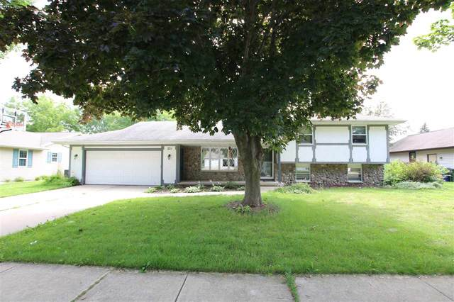 221 Crestview Lane, De Pere, WI 54115 (#50226328) :: Todd Wiese Homeselling System, Inc.