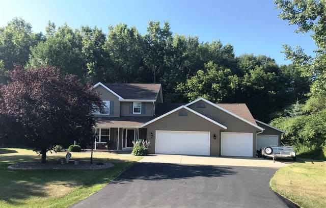 2115 Meadow Heights Trail, Suamico, WI 54313 (#50227013) :: Symes Realty, LLC