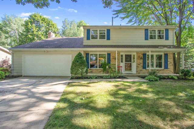 2203 White Oak Terrace, Green Bay, WI 54304 (#50227027) :: Symes Realty, LLC