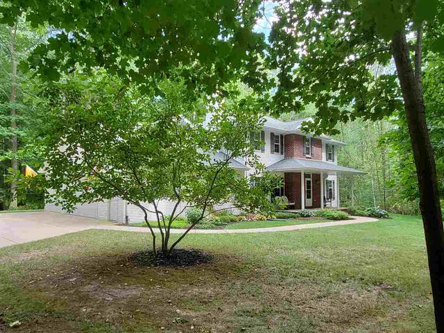 1758 Tibbet Court, Little Suamico, WI 54141 (#50227338) :: Symes Realty, LLC