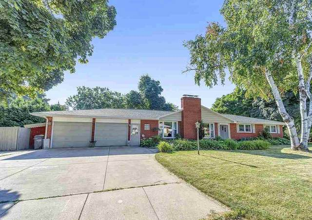 3511 Delahaut Street, Green Bay, WI 54301 (#50227843) :: Dallaire Realty