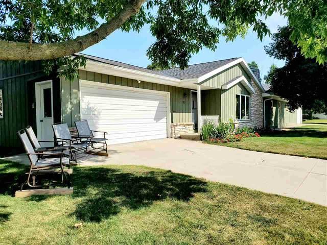 702 3RD Street, Kewaunee, WI 54216 (#50227983) :: Carolyn Stark Real Estate Team