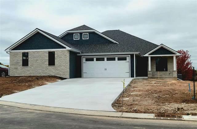 2736 Castaway Court, Green Bay, WI 54311 (#50228002) :: Ben Bartolazzi Real Estate Inc
