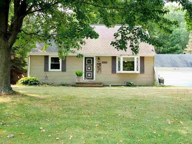 W2655 Saratoga Drive, Appleton, WI 54915 (#50228060) :: Carolyn Stark Real Estate Team
