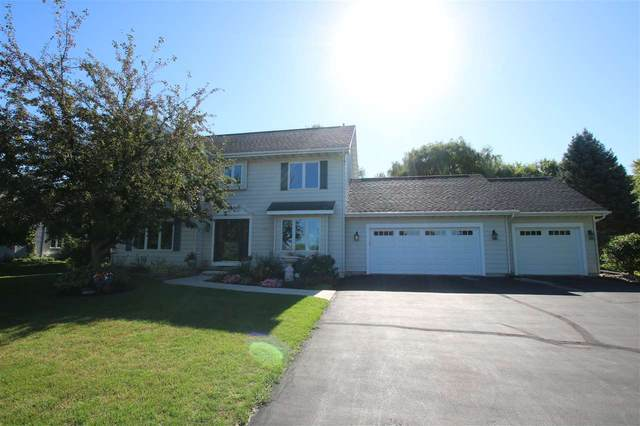 N7579 Deerpath Road, Fond Du Lac, WI 54937 (#50228537) :: Carolyn Stark Real Estate Team