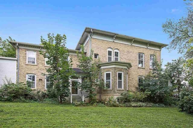 2021 Mason Street, New Holstein, WI 53061 (#50228561) :: Carolyn Stark Real Estate Team