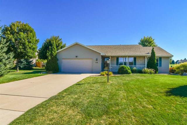 1782 Sandy Springs Road, De Pere, WI 54115 (#50228867) :: Symes Realty, LLC