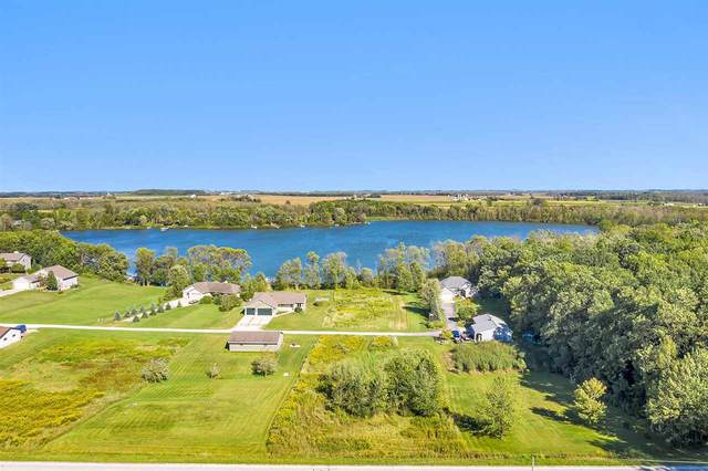 653 S Neumeyer Lane, Brillion, WI 54110 (#50228989) :: Ben Bartolazzi Real Estate Inc