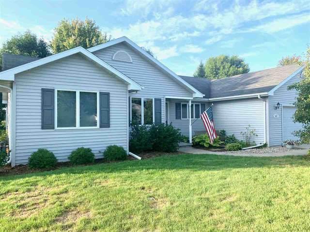 W5685 Jochmann Drive, Appleton, WI 54915 (#50229065) :: Carolyn Stark Real Estate Team