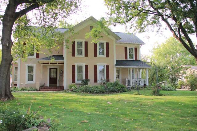 1017 S Webster Avenue, Omro, WI 54963 (#50229228) :: Symes Realty, LLC