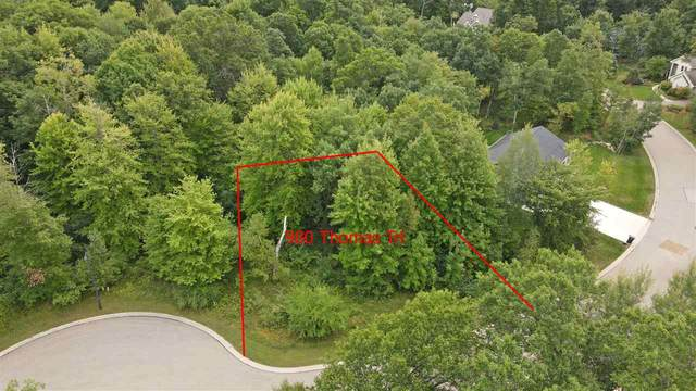 980 Thomas Trail, Waupaca, WI 54981 (#50229340) :: Dallaire Realty