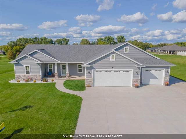 5152 Notre Dame Drive, Omro, WI 54963 (#50229341) :: Symes Realty, LLC