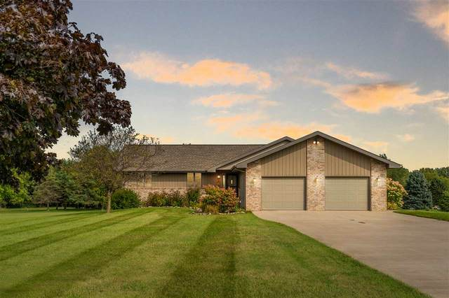W7460 Lakeview Court, Greenville, WI 54942 (#50229370) :: Symes Realty, LLC