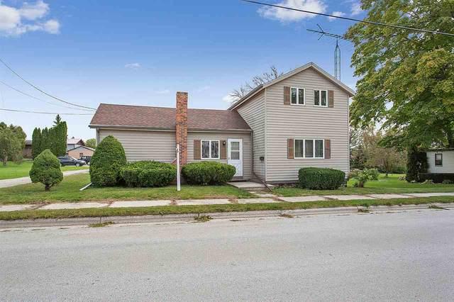 1920 Mason Street, New Holstein, WI 53042 (#50229400) :: Carolyn Stark Real Estate Team