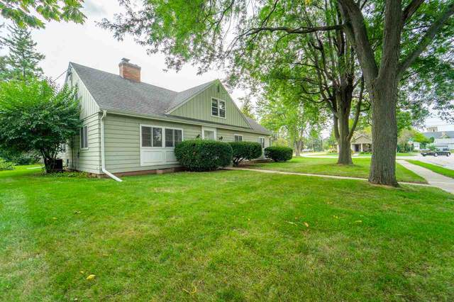 687 Congress Place, Neenah, WI 54956 (#50229479) :: Symes Realty, LLC