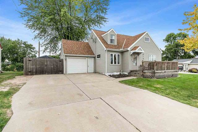 2709 Crooks Avenue, Kaukauna, WI 54130 (#50229481) :: Carolyn Stark Real Estate Team