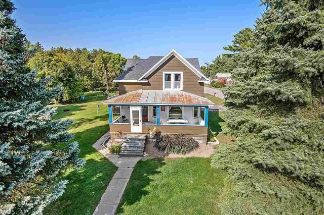 133 Madison Street, Oconto, WI 54153 (#50229583) :: Carolyn Stark Real Estate Team