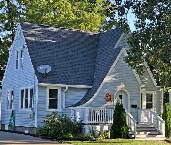 736 8TH Street, Menasha, WI 54952 (#50229829) :: Carolyn Stark Real Estate Team