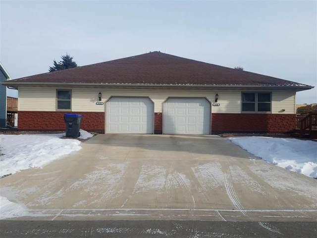 1330 Cedar Street, New London, WI 54961 (#50230100) :: Town & Country Real Estate