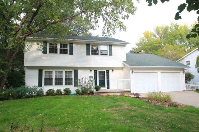 404 Stonehedge Road, Green Bay, WI 54302 (#50230102) :: Carolyn Stark Real Estate Team