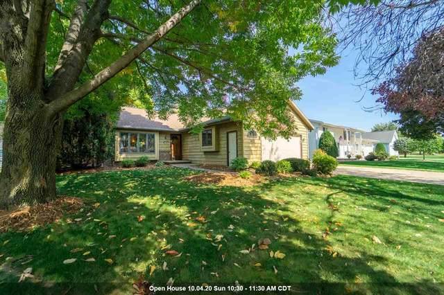 672 Hummingbird Lane, Neenah, WI 54956 (#50230173) :: Dallaire Realty